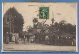 27 - DOUAINS -- La Place Et La Mare - Sonstige Gemeinden