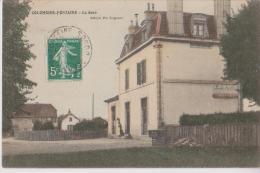 COLOMBIER FONTAINE 25 LA GARE  BELLE CARTE ANIMEE TRES RARE !!! - France