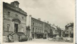 Haute  Vienne :  BELLAC  , Place Du  Palais De  Justice  ( Traction) - Bellac
