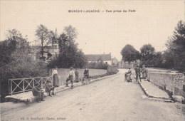 80 _  MONCHY - LAGACHE  _ Vue Prise  Du  Pont  _ - Otros Municipios