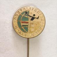 Badge / Pin (Table Tennis) - Hungary Budapest European Championship 1982 - Table Tennis