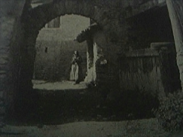 Magazine Item - 1930 An Old Street In Sierre - 1950-Hoy