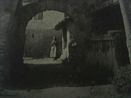 Magazine Item - 1930 An Old Street In Sierre - 1950-Heden