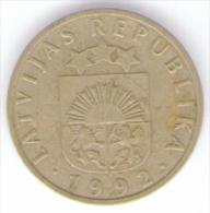 LETTONIA 10 SANTIMU 1992 - Lettonia