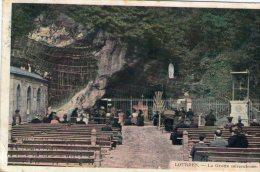Cp ,65 , LOURDES , Voyagée 1913 , La Grotte Miraculeuse - Lourdes
