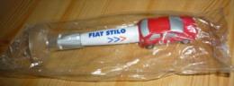 Stylo Publicitaire Pour La Voiture FIAT STILO Avec Support Ventouse Et Animation Originale - Schrijfgerief