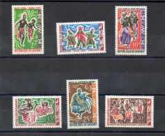 DAHOMEY : Danses Folkloriques : Somba, Du Bâton, Nago, De Sakpayassi, Des Messouhooueiss, Etc- Folklore - Tradition - - Benin – Dahomey (1960-...)