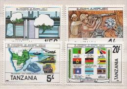 Tanzania MNH Set And SS - Culturas