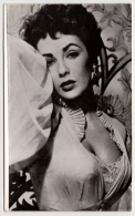 Postcard - Elizabeth Taylor      (12910) - Acteurs