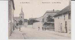 HAUTE MARNE - DOULAINCOURT - La Rue Mathey ( - Petite Animation - Timbre à Date De 19..?) - Doulaincourt