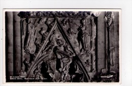 CPSM FORMAT CPA/AD364/ST ALBANS ABBEY SHRINE DETAIL MARTYRDOM OF ST ALBAN - Hertfordshire