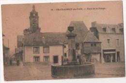 CHATEAUNEUF DU FAOU - Place De La Pompe - Châteauneuf-du-Faou