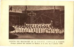 Missions Des Religieuses De La Sainte-Famille à Kabare Groupe Général Des Enfants De Kabare à La Fête Du 2 Janvier 1938 - Burkina Faso