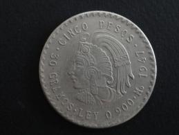 1947 - RARE - FAUX - FAUSSE MONNAIE De 5 Pesos - Mexique - 39 Mm De Diamètre - Mexiko