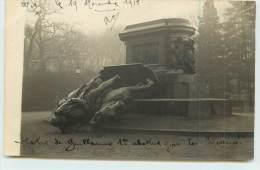 METZ  - Statue De Guillaume 1er Abattue Par Les Messins En 1918 (carte Photo) - Metz
