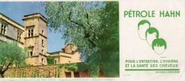 - BUVARD  Pétrole HANN - Le Château De LOURMARIN DE PROVENCE - 563 - Profumi & Bellezza