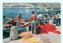 CALYMNOS ISLAND / Port , Animée , Pêcheur , Filet , Bateau De Pêche - Greece
