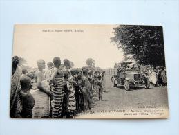 Carte Postale Ancienne : Cote D'Ivoire : Arrivée D'un Camion Dans Un Village Kolango , Animé - Costa D'Avorio