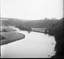 002 - AUVERGNE - Vallée De La Dordogne - Plaques De Verre