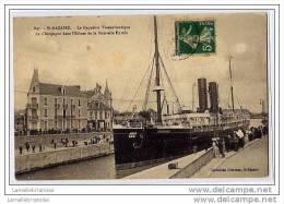 44 - SAINT NAZAIRE - LE PAQUEBOT TRANSATLANTIQUE - LA CHAMPAGNE DANS L´ECLUSE DE LA NOUVELLE ENTREE - Saint Nazaire