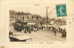 76 DIEPPE L'arrivée De La Malle Poste  Train Locomotive     2 Scans - Dieppe