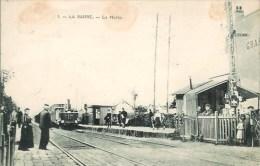95 LA BARRE  La Halte Avec Train - Deuil La Barre