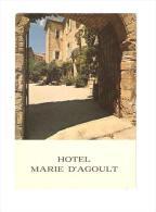CSM : 30 - Gard : Uzès : Hôtel Marie D´Agoult -  Château D´Arpaillargues : Entrée Sur Cour, Bâtiment à Droite - Uzès
