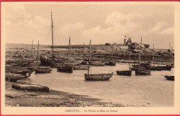 CPA 29 LESCONIL  Le Phare Et Men Ar Groaz ( Barques Pêche   Canton De Guilvinec - Lesconil