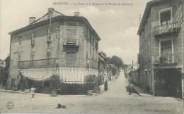 311Mx    38 Morestel La Place Et La Route De St Victor Du Morestel En TBE - Morestel