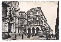 TZ1467 - NAPOLI  , Via Duomo . Viaggiata Nel 1955 - Napoli