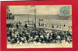 LES SABLES D OLONNE 1902 LA MUSIQUE DE LA FLOTTE CARTE EN BON ETAT - Sables D'Olonne