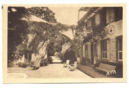 AVEYRON-SAINT GEORGES DE LUZENCON Les Tilleuls C R Française-MB - France
