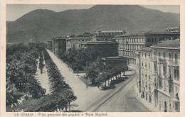 Cpa Cpsm La Spezia - Vista Generale Dei Giardini E Via Mazzini - La Spezia