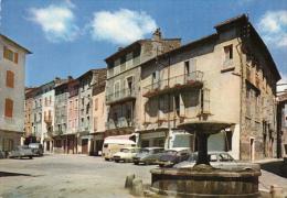 La Place Du Marché - Les Vans