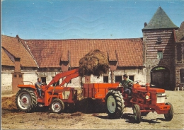 79 - Chauray : Tracteur RENAULT Motoculture - 1966 - Chauray