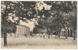 63 - BILLOM - Intérieur De L'Ecole Militaire - La Cour - G D'O 678 - France