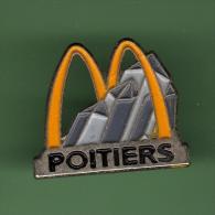 McDonald's *** POITIERS *** (116-3) - McDonald's
