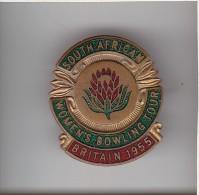 S.AFRICA WOMENS BOWLING TOUR BRITAIN 1955 Apel Badge : Cast Metal & Enamel: Maker -  H.W.MILLER - Bowls - Pétanque