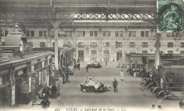 Indre Et Loire : Tours, Interieur De La Gare - Tours