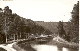 Pont-de-Pany - Canal De La Bourgogne Du Côté Des Iles - France