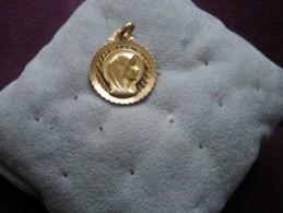 Médaille - Gioielli & Orologeria