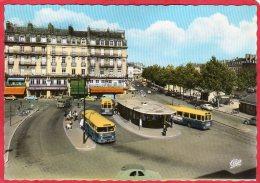 CPSM 44 NANTES Place Du Commerce Et Cours Franklon Roosevelt ( Autobus )   * Format CPM - Nantes