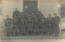 CARTE PHOTO AVEC PLAQUE CAPITAINE M. DES PREZ DE LA MORLAIS  1ere COMPAGNIE - Guerre 1914-18