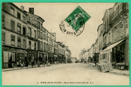 Bar Sur Aube - Aube - Rue Nationale -  Animé - Bar-sur-Aube