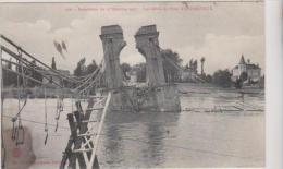 1 CPA INONDATIONS DU 17 OCTOBRE 1907 - LES DEBRIS DU PONT D ANDREZIEUX - Andrézieux-Bouthéon