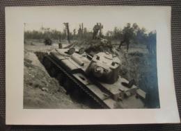 WW2 Original Photo - GERMAN ARMY CARRO ARMATO SOVIETICO DISTRUTTO Formato 10,5 X 7 Cm - Weltkrieg 1939-45