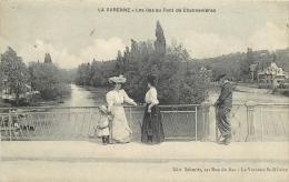 TOP 259  CPA LA VARENNE  Les Iles Au Pont De Chennevieres  Animation Belle Carte - France