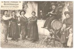 Dépt 63 - LA BOURRÉE D'AUVERGNE (Lo Bourreio D'Aubergno. 46) - Folklore, Groupe Folklorique - Auvergne Types D'Auvergne