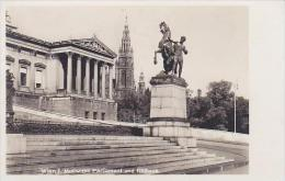 Austria Vienna Motif mit Parliament und Rathaus Real Photo