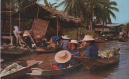 Damnernsaduak Floating Market ) - Thailand